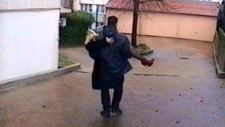 Vidéo de baise amateur sur le canapé